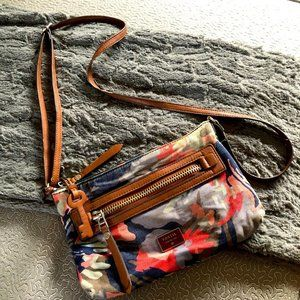Fossil Camouflage Cross Body Small Purse Hand Bag